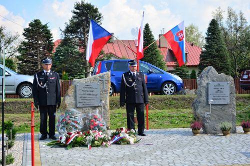 Odsłonięcie pomnika upamiętniającego ofiary operacji dukielsko-preszowskiej