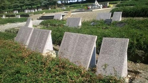 Prace remontowe na cmentarzu wojennym w Dukli